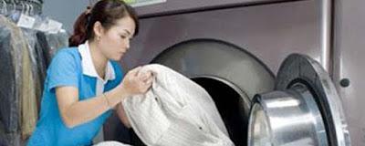 Cửa hàng Giặt khô là hơi lấy ngay-_ nhanh sạch đẹp