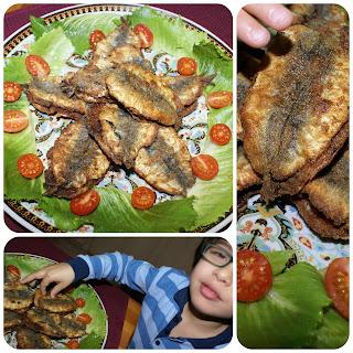 En Yassin a punt de menjar una sardina