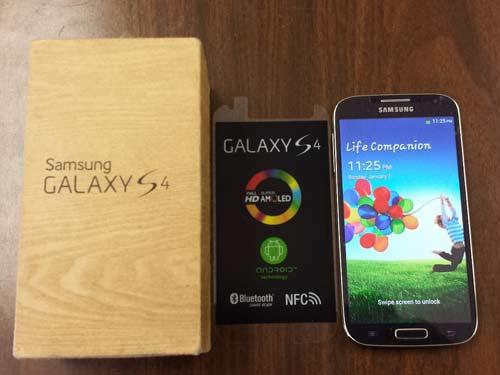 Samsung Galaxy S4 yang saya pakai sekarang ini.  Foto diambil dari www.iphone6forsale.net