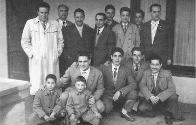 Lorenzo Ponce Sala con otros ajedrecistas en La Farga de Bebié en 1956