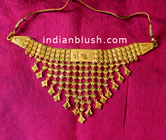 gold choker necklace with price