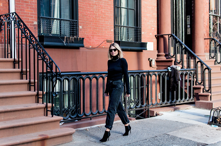 Fashion Over Reason, boyfriend mom jeans, turtleneck, Stuart Weitzman booties, West Village NYC, brownstones