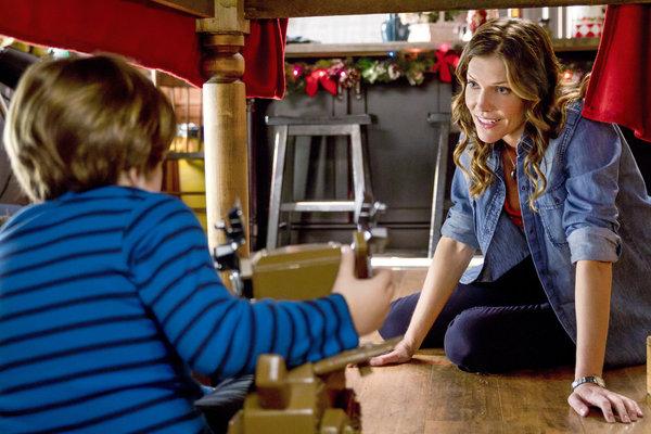Finding Wonderland | Where Stories Begin: Finding Christmas (2013)