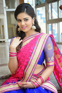 Sri Mukhi latest gorgeous looking Pictures 034.jpg