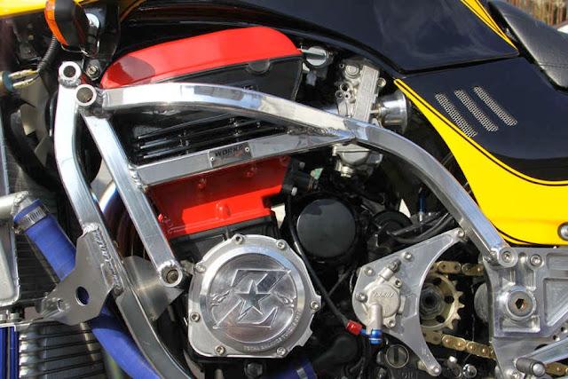 Kawasaki GPZ-R 900 et 750, 1000 RX, ZX 10 TOMCAT - Page 4 Kawasaki+WSR+