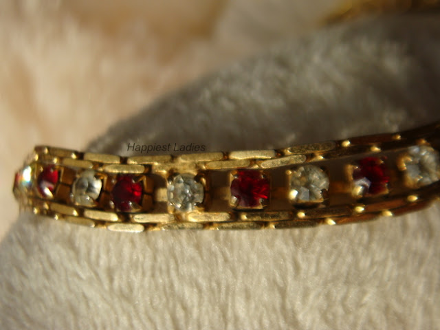 white red stone studded 18k gold bracelet+gold bracelet