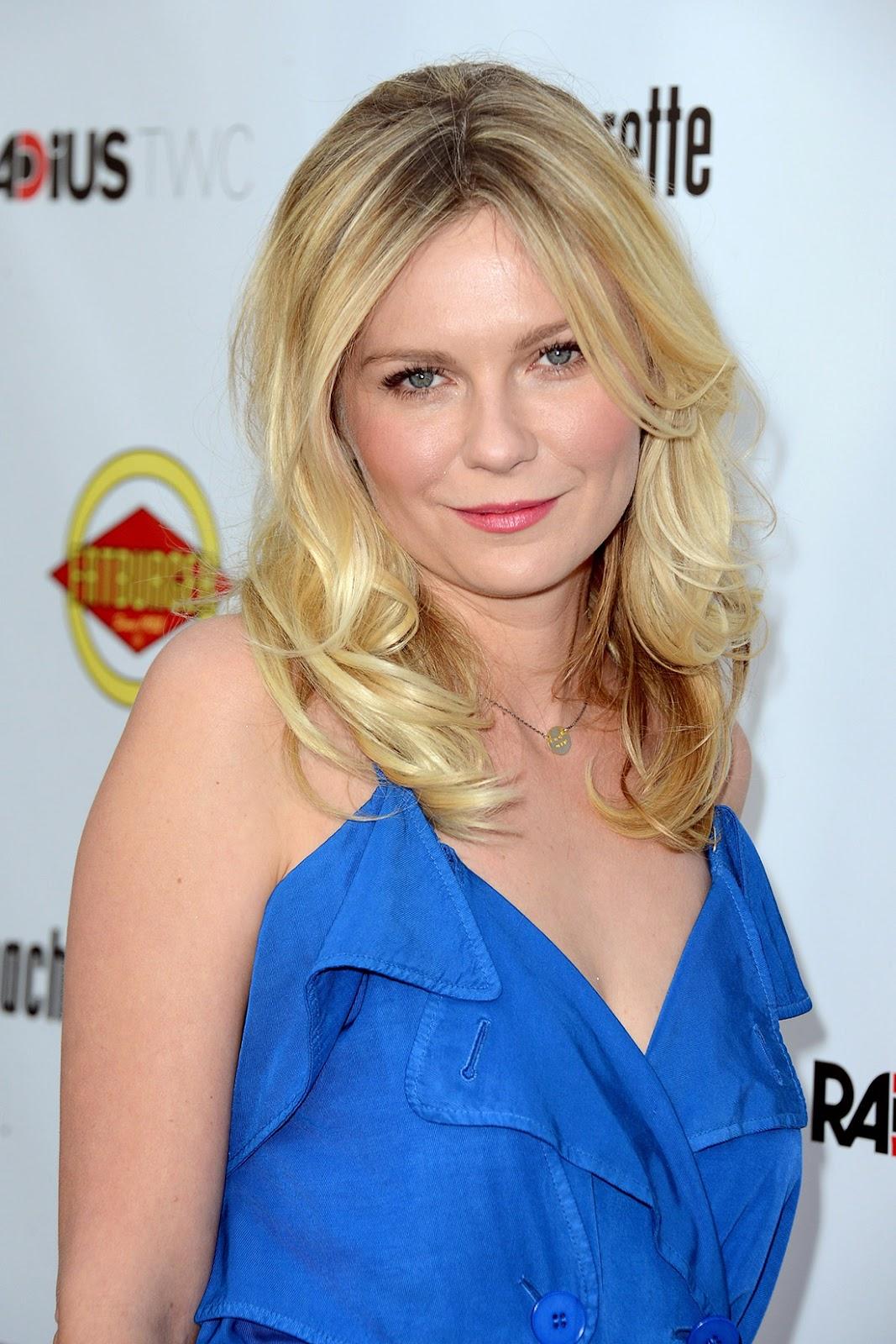 http://2.bp.blogspot.com/-OfVh4XA1LQE/UDhZ9swXkfI/AAAAAAAA5_c/lTmwcT4WRjQ/s1600/Kirsten_Dunst-Bachelorette-premiere-Hollywood-8-23-2012-001.jpg