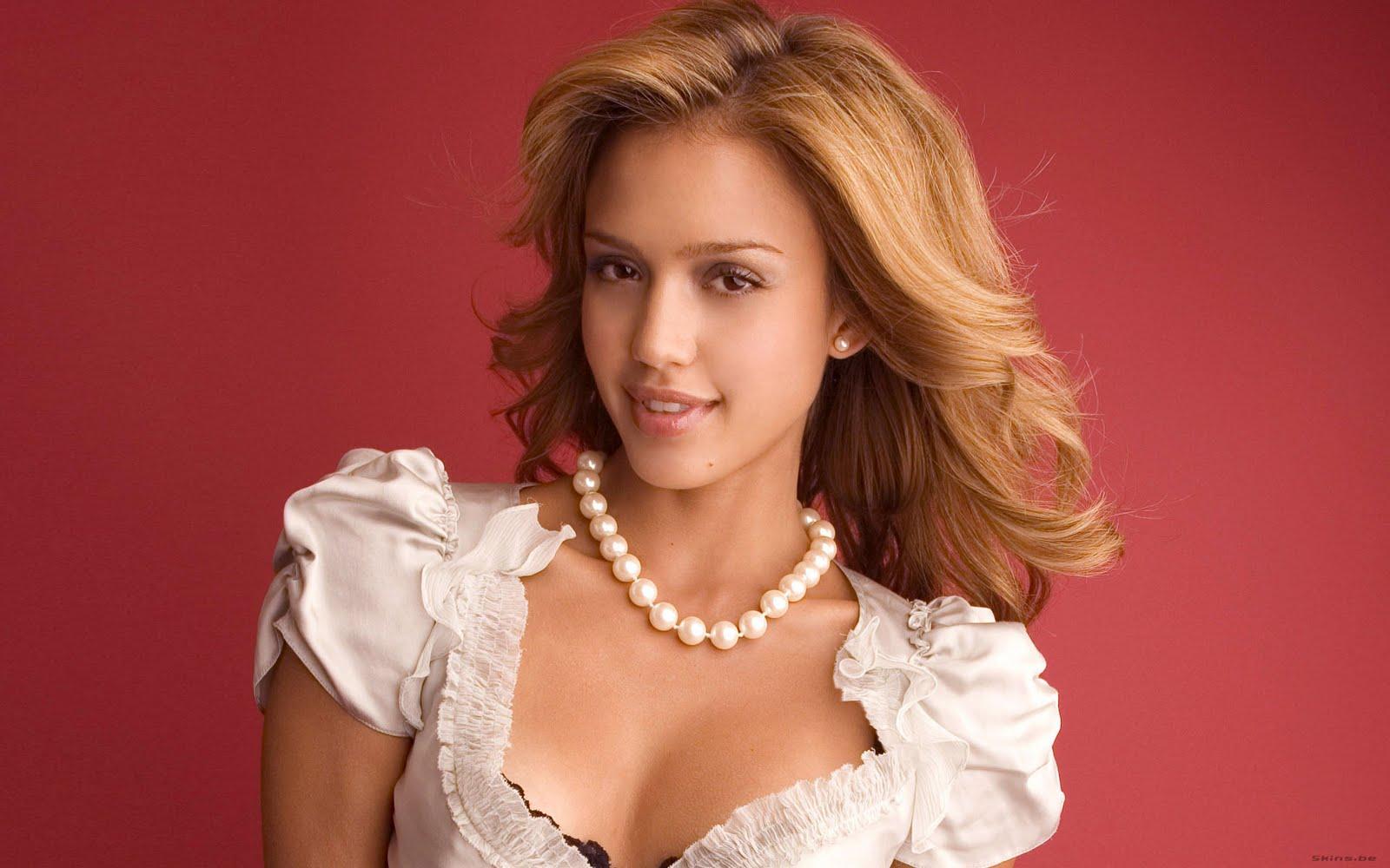 http://2.bp.blogspot.com/-Ofcmb71FrLE/Th8NUEJA-CI/AAAAAAAABv0/142HIraCqVo/s1600/Cute-Jessica-Alba-wallpaper.jpg