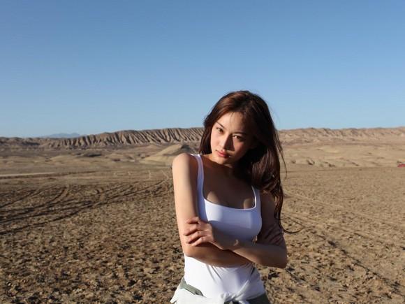 Girls Beauty Wallpaper Zhang Xinyu 02