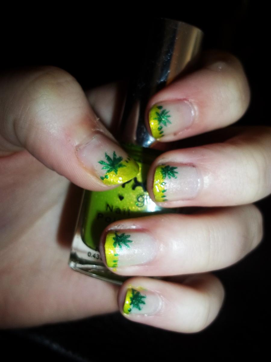 Green / Weed Leaf Nails