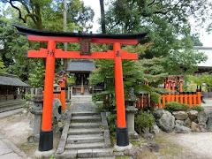 今宮神社:稲荷社・織田稲荷社