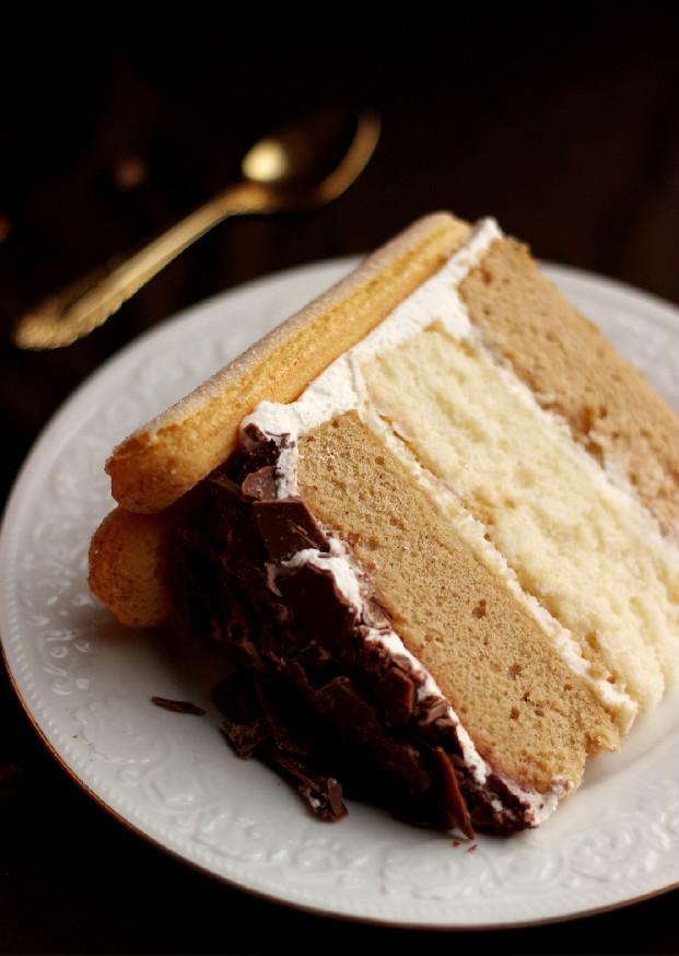 Confessions of a Confectionista: Tiramisu Layer Cake