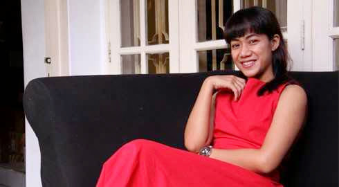 Nia Dinata profile