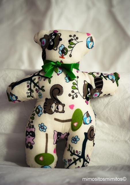 muñeco de tela hecho a mano para regalar oso osito bear