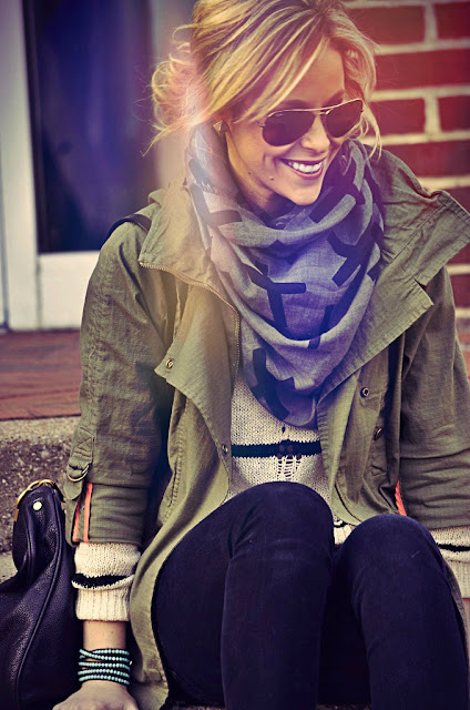 Adorable fall outfit with scarf for ladies