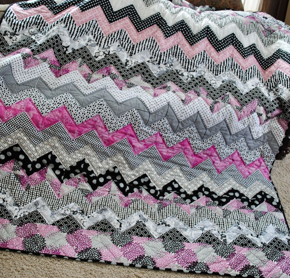 Zig Zag Love Quilt Pattern : {Sisters and Quilters}: September 2011