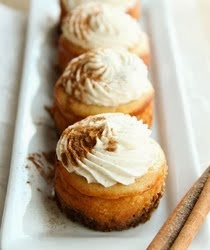 ♥ Mini Eggnog Cheesecakes