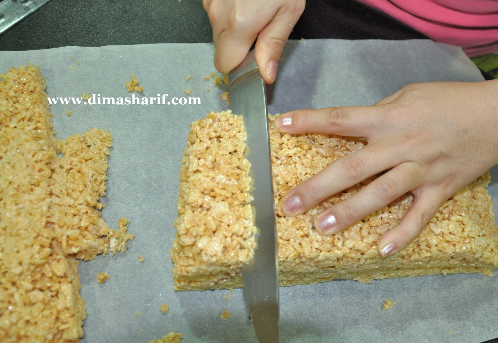 Cereal treats for cakes recipe