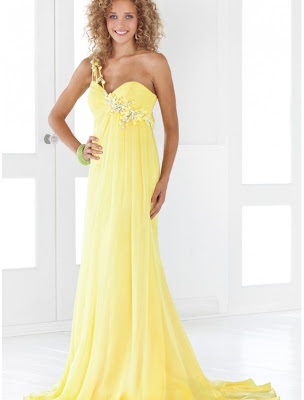 Best wedding dress neckline for broad shoulders cheap for Best wedding dress for wide shoulders