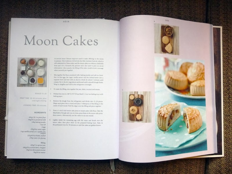 Book review bake by love food from parragon books the graphic this is a really classically laid out book and whilst not winning any awards for ground breaking design is easy to navigate has a useful index and some forumfinder Image collections