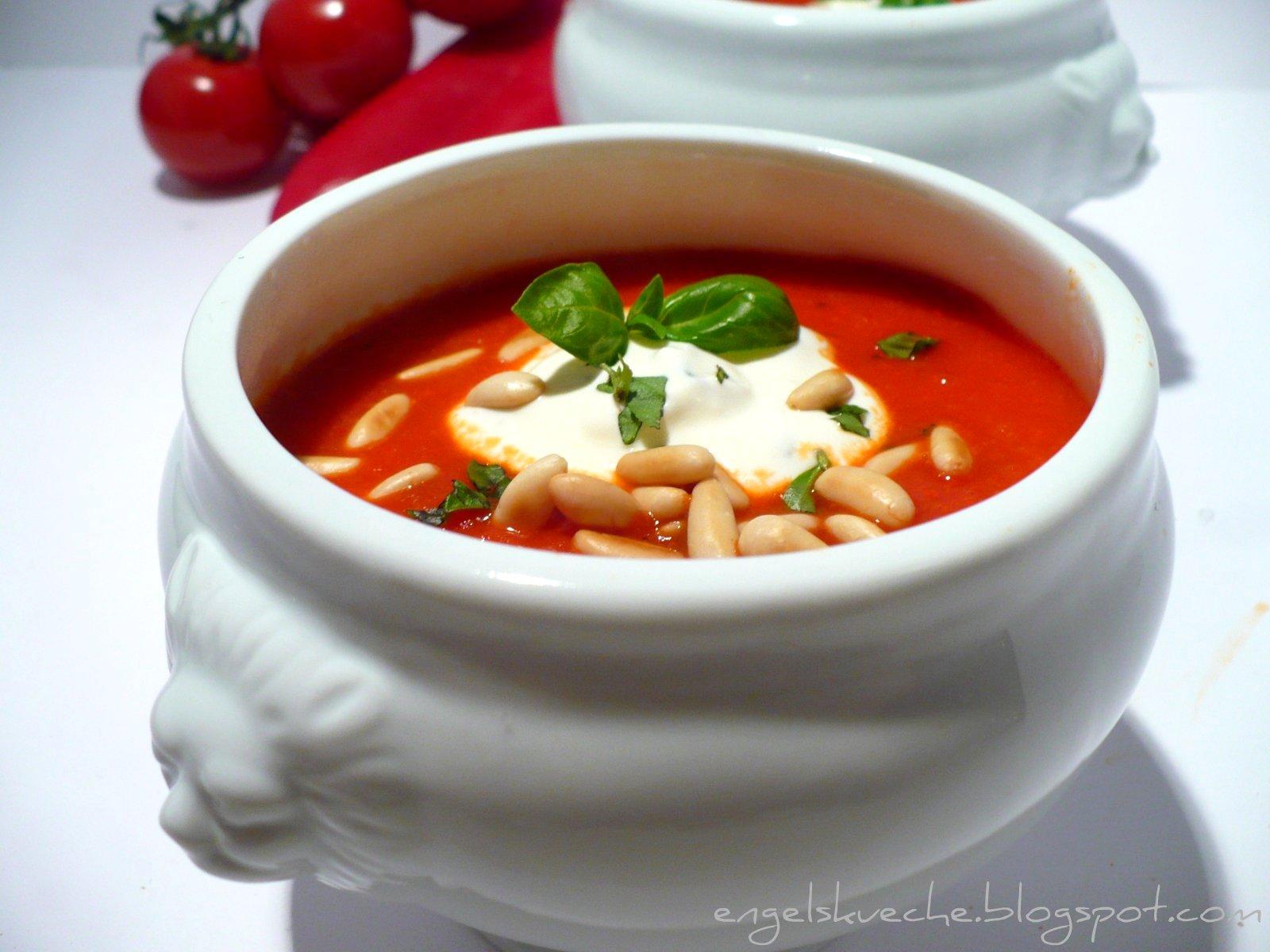 schnelle tomatensuppe mit passierten tomaten rezepte suchen. Black Bedroom Furniture Sets. Home Design Ideas