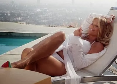 Christie Brinkley bikini hot