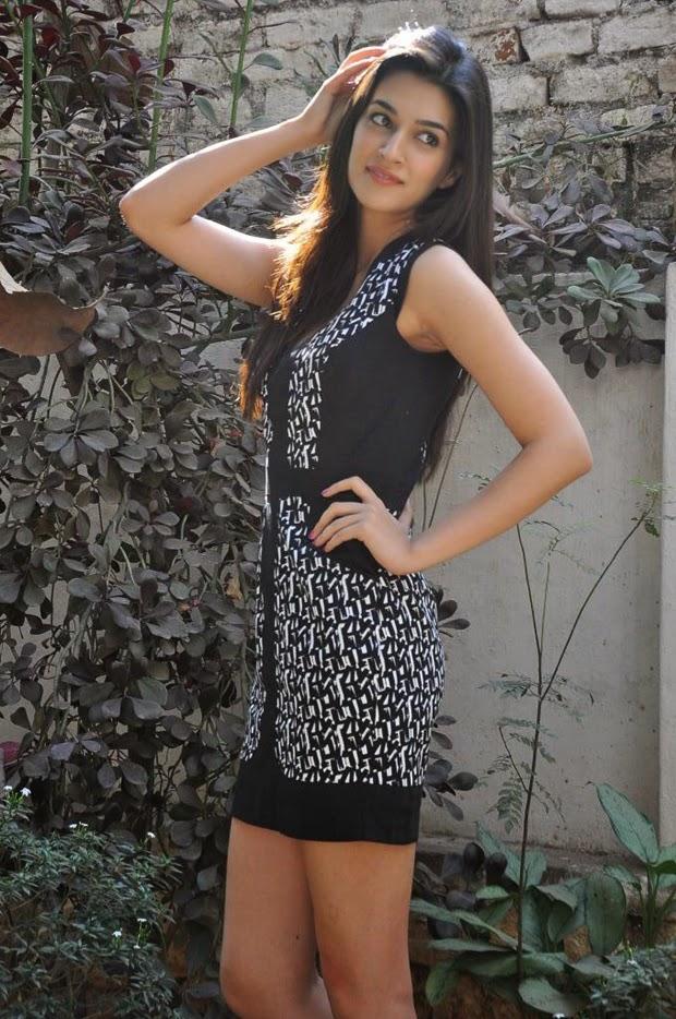 Kriti sanon - Hot Unseen Photos Heropanti Movie Actress