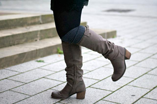 ootd overknee socks boots