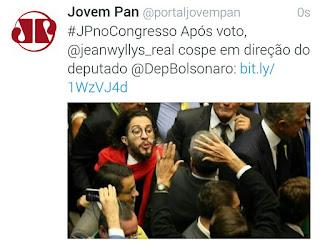 Jean Willis cospe em Bolsonaro após votar