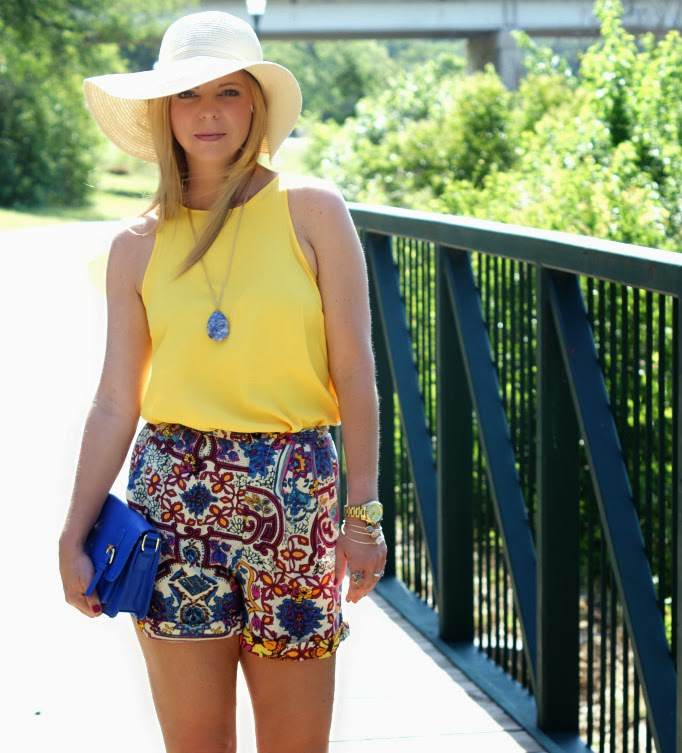 Floppy Hat Style Ideas