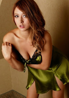 Leah Dizon Sexy Lingerie pictures 37