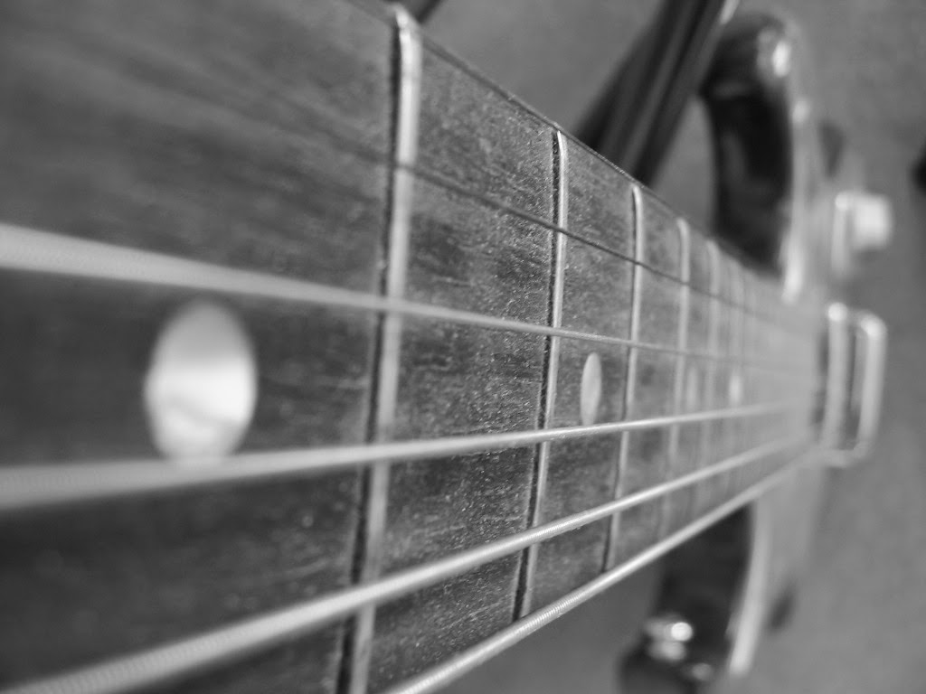 Photo Credit: http://www.deviantart.com/art/Guitar-6755608