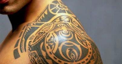 tatouage bras homme polynesien mode simple ou horrible. Black Bedroom Furniture Sets. Home Design Ideas