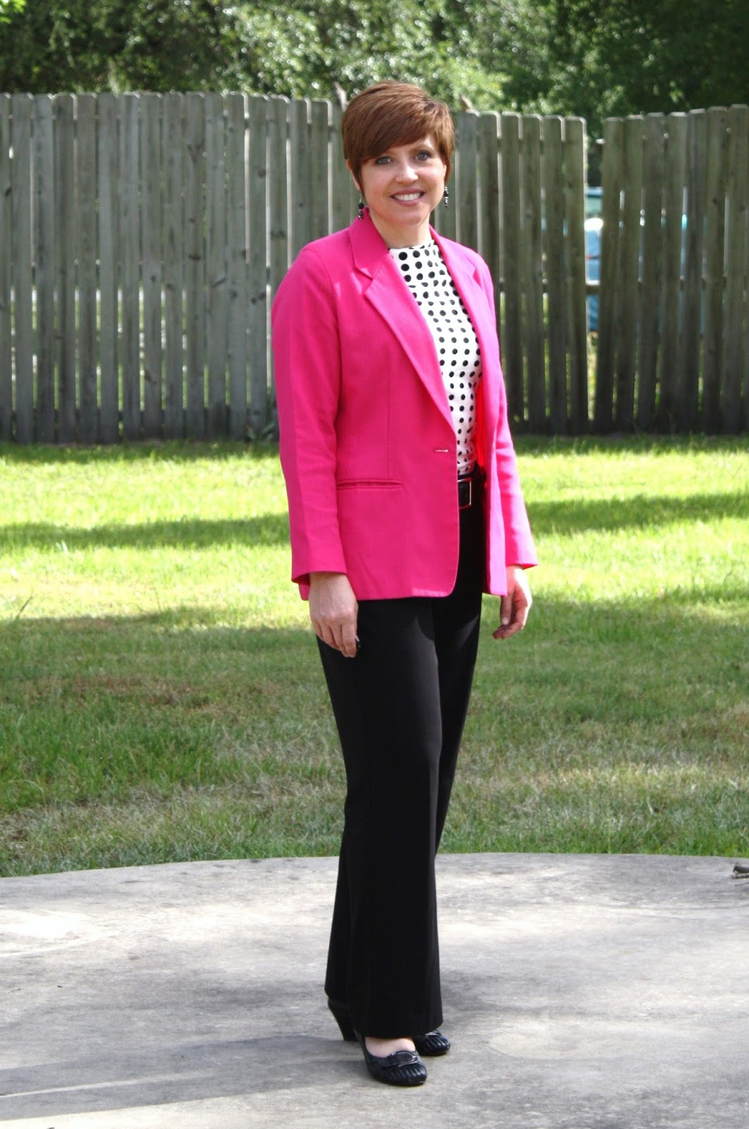 Savvy Southern Chic 7 Work Outfits with a Hot Pink Blazer