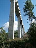 L'impressionant viaducte de Casserres