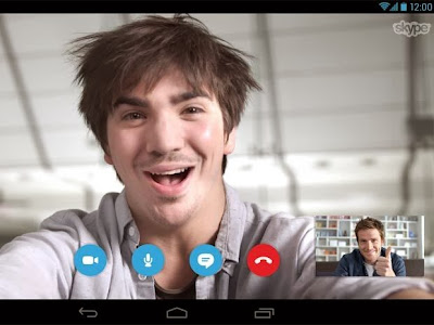 Skype 4.5 for Android displays video calls at the same time as applications