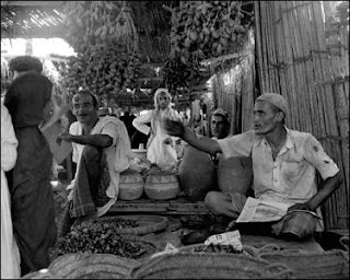 Old Dubai date seller rare photo
