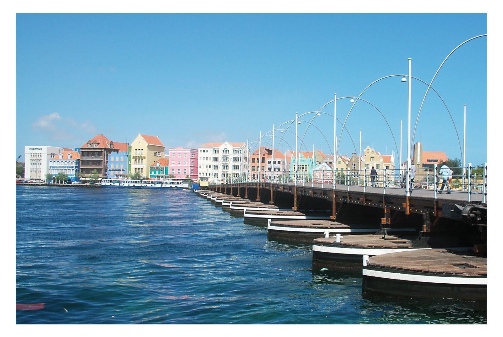 http://2.bp.blogspot.com/-Ojakr6QfHtE/TmZVl3f63gI/AAAAAAAAGxQ/kSDckfhV0og/s1600/Willemstad.jpg