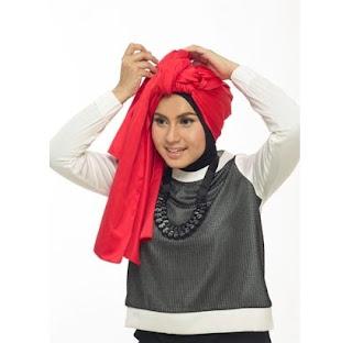 Tutorial Hijab Turban Tumpuk Step 3