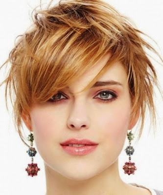 Adorable Brief Wavy Haircuts
