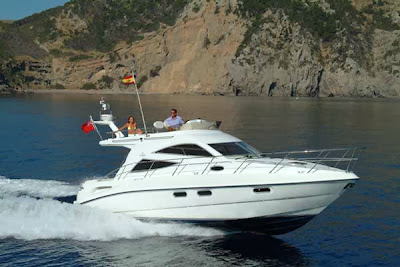 Louez votre yacht au départ des Alpes maritimes au meilleurs tarifs