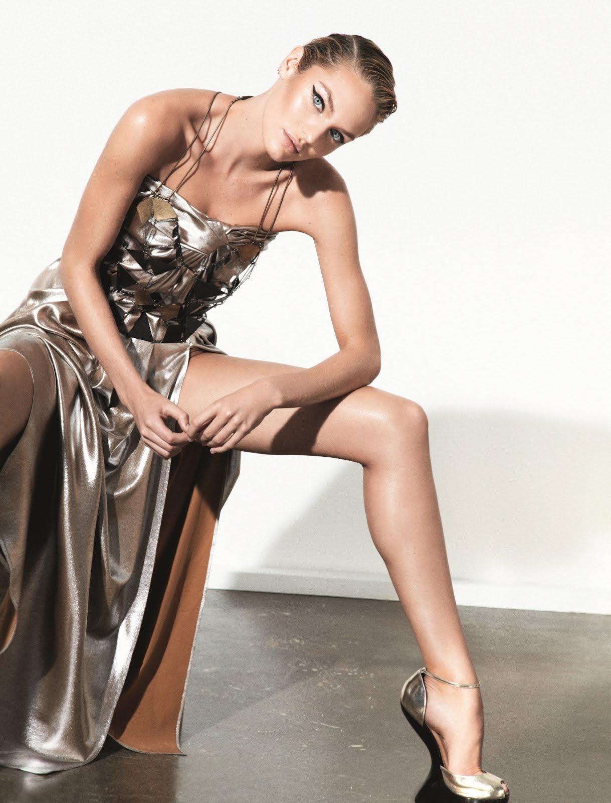 http://2.bp.blogspot.com/-Ok0R7aL94mA/UBgGi9LFNnI/AAAAAAAAFdk/kfdLh-1JgkQ/s1600/Candice+Swanepoel+by+Collier+Schorr+%28Candy+Cane+-+Muse+%2330+Summer+2012%29.jpg