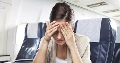 Ilustrasi 6 Tips Anti Mabuk Saat Di Perjalanan - Travelwan