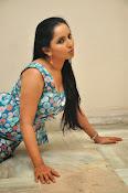 Ishika singh latest sizzling pics-thumbnail-19