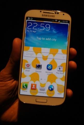 Samsung membuka Order untuk raja Smartphone Android , Samsung GalaxyS4