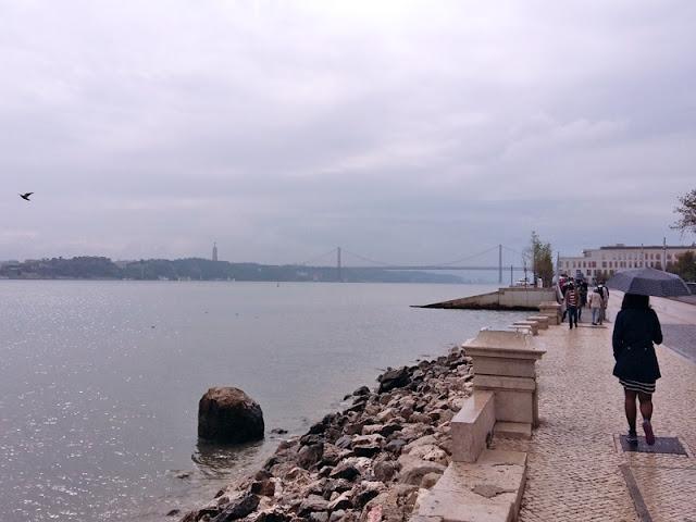 Lisbon river walk | www.stinap.com
