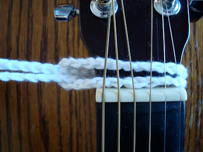 how to attach a granny square guitar strap