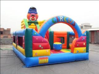 istana balon tipe circus