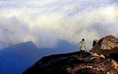 Fantasmas en una montaña de Ucrania? Espectros-en-cima-de-montana-en-ucrania3