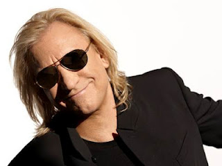 Joe Walsh Plays Live at J&amp;R Electronics on June 8th